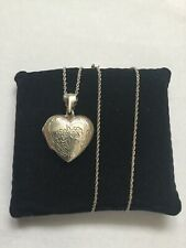 """Hallmarked 925 Silver Large Floral Love Heart Shape Locket Pendent & 16"""" Chain"""