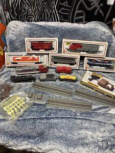 HO scale Bachmann train pieces LOT