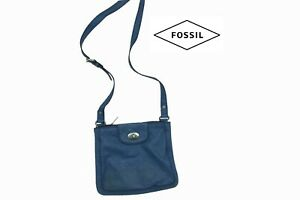 Fossil Vintage Crossbody Leather Bag Blue With zip and turning lock