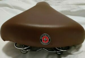 Schwinn Bicycle Bike 3 Coil Wide Cushion Seat Saddle Brown Adult NWOT