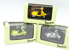 New Ray 1/32 - Lot de 3 Scooter Vespa