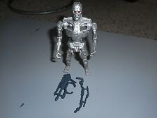 Kenner Terminator 2 Judgement Day Techno Punch T-800 Endoskeleton robot