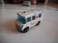 Playart Mercedes bus Ambulance in White