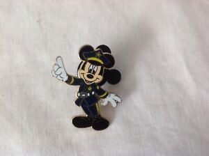 Mickey Mouse police man Trading Pin