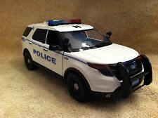 1/18 SCALE NORTH LAS VEGAS PD  FORD SUV UT DIECAST WITH WORKING LIGHTS AND SIREN