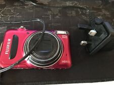 Fujifilm T200 Digital Camera - 14Mp - Red - Free P&P UK Only -