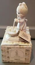 "1982 Precious Moments ""Let Love Reign"" Figurine w Box Statue Enesco E-9273 Fish"