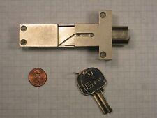 DOM #317-01-1 MULTI-DRAWER DESK LOCK, PIN TUMBLERS, SATIN NICKEL, RIGHT-HAND