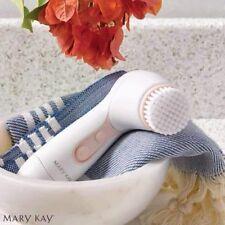 Mary Kay Skinvigorate 2-speed Cleansing Brush, 2 Brush Heads +2 AA Batteries