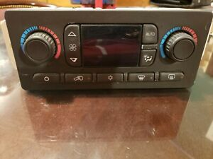 2002 2005 CADILLAC ESCALADE DIGITAL CLIATE CONTROL HEAT A/C  d1