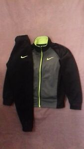 Boys Nike Tracksuit Zip Up Top/Bottoms , Age 5-6 Years