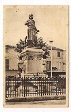aigues_mortes  statue de saint-louis