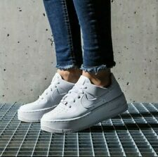 Size 8 Women'S Nike Sage Low Lx Air Force One Low White / Silver Ar65339-100