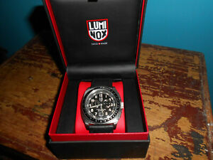 LUMINOX P-38 LIGHTNING CHRONOGRAPH 9441 EXC PRE-OWNED COND. INNER & OUTER BOXES