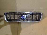 2005 2006 2007 Volvo XC70 Grill Grille With Emblem Good Clean Factory OEM