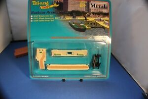 Triang Minic Ships Oil Tanker Wharf Set. Carded S854