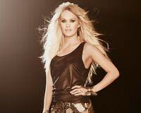 Carrie Underwood 8x10 Beautiful Photo #10