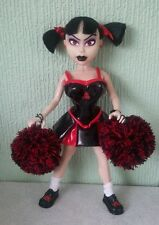 MEZCO LIVING DEAD DOLLS FASHION vittime 2003 Kitty Cheerleader loose senza scatola Goth