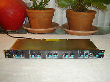 Furman MM-4A, 4 X 1 Mixer, 4 Channel Mixer Preamp, XLR Inputs, Vintage Rack