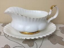Royal Albert Val D'or Gravy / Sauce Boat & Stand 2nd Quality Unused Condition