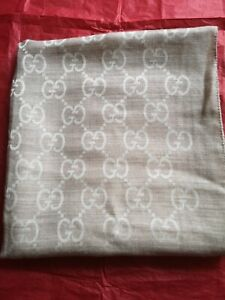 Gucci Gg Beige Scarf. New with defect.