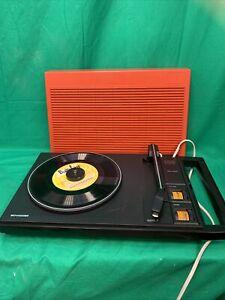 Tourne disque Schneider 100 vintage