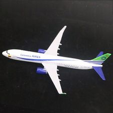 New 16CM Colombia Airplane B737 Diecast Metal Plane Model Airbus Birthday Gifts