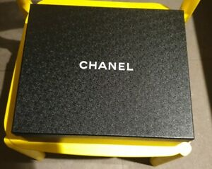 Chanel box With Papers ribbon inner paper