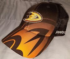 Anaheim Ducks Black Reebok Flex Fitted Baseball Cap New - Size Large/XL