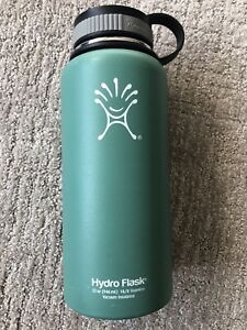 Hydro Flask Water Bottle Stainless Steel Vacuum Insulated 32 oz Bend, OR H13909