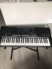 Yamaha PSR-E433 Keyboard inkl. Ständer