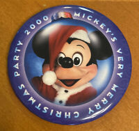 "Disney Mickey's Very Merry Christmas Party 2000 3"" Pinback Button"