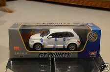 1:18 Motor Max Chrysler GT Cruiser White