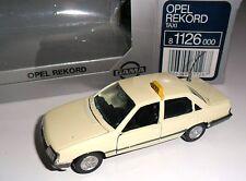 "Opel Rekord E (e2) ""taxi"" taxones taxis (Germany), gama en 1:43 OVP nuevos!"