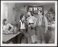 Ramsay Ames GILBERT ROLAND Beauty & the Bandit 1946 VINTAGE PHOTO actor actress