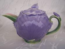 - Teekanne IRIS aus Porzellan -  * Flieder - Dekor *  ORIGINAL Jameson & Tailor