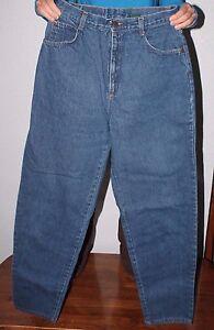 Women's  US made   Hunt club   Blue Denim Mom Jeans   size 12  tall    30 x 31