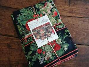APRIL CORNELL MERRY BLACK FLORAL Green Rose Christmas HOLIDAY Cotton TABLECLOTH