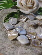 1 Strang Perlmutt Nuggets ungeformt, sand ca. 43 cm  Perlen basteln, Muschel