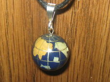 VINTAGE 20 mm STERLING SILVER LAPIS INLAY GLOBE GEMSTONE PENDANT NECKLACE