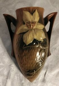 Roseville Pottery Clematis Wall Pocket Brown 1295-8 GREAT PIECE