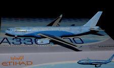"Dragon Wings 1/400 Airbus a330-200 Etihad ""Manchester City Football Club"""