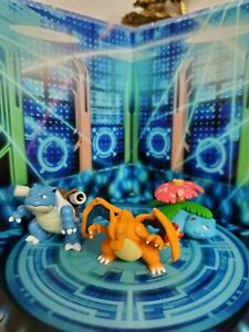Nintendo pokemon figures lot set of 3 charizard blastoise venasaur 1.5 inches