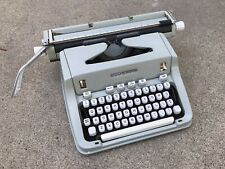 HERMES 3000 Portable Typewriter w/ Dust Cover Switzerland GREAT CONDITION