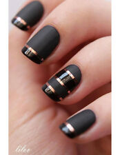 CND TOP COAT MATE TRANSFORMER TEINTE DE VERNIS BRILLANT EN UN FINI MATE MODERNE
