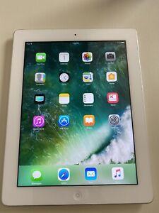 Apple iPad 4th Generation with Retina Display 32GB, Wi-Fi 9.7in - White...