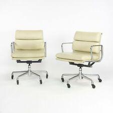 2007 Herman Miller Eames Aluminum Group Soft Pad Management Desk Chair Off-White