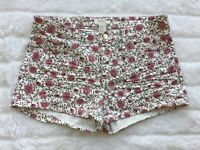 EUC H&M H and M Women's Size 8 Pink White Floral Cuffed Shorts Mid Rise