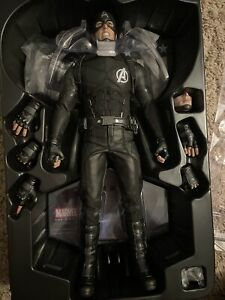 Hot Toys Concept Captain America 1/6 Figure. Sideshow Exclusive.