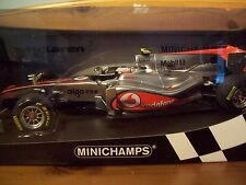 1/18 MCLAREN VODAPHONE MERCEDES 2011 SHOWCAR JENSON BUTTON